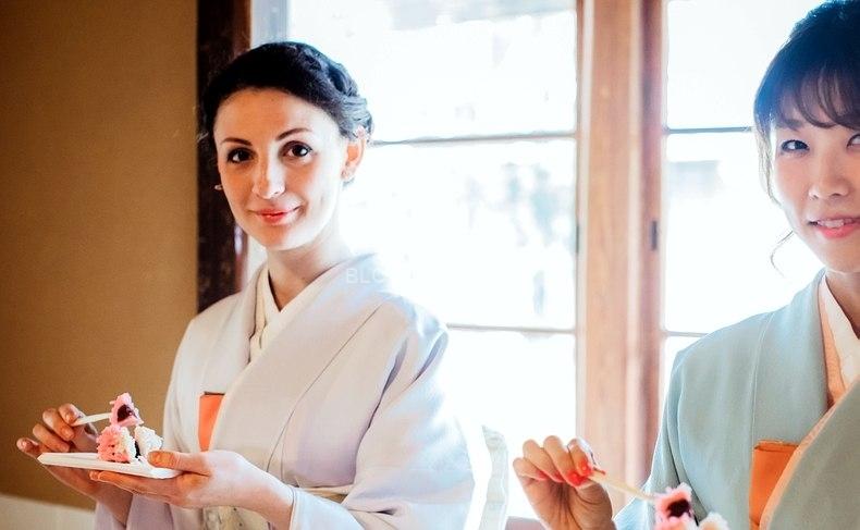 日本、または日本人男性に興味のある外国人女性が多い